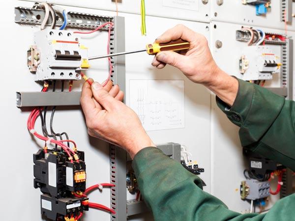 Impianto-elettrico-casa-suzzara-reggiolo